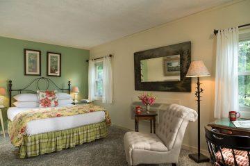 Robin bedroom view